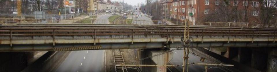 Wiadukt kolejowy nad ulicą Hallera we Wrocławiu